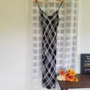 GAP long black and white dress